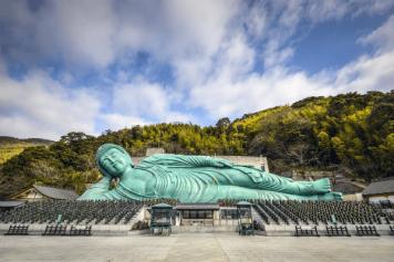 fukuoka-hakata-nanzoin-temple-reclining-buddha-japan-600